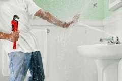 Common plumbing issues - when to call a professional